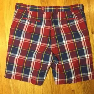 Tommy Hilfiger Shorts - Tommy Hilfiger Plaid Shorts. Size 38. 100% Cotton